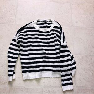 ✨SALE✨Express Black and White sweater